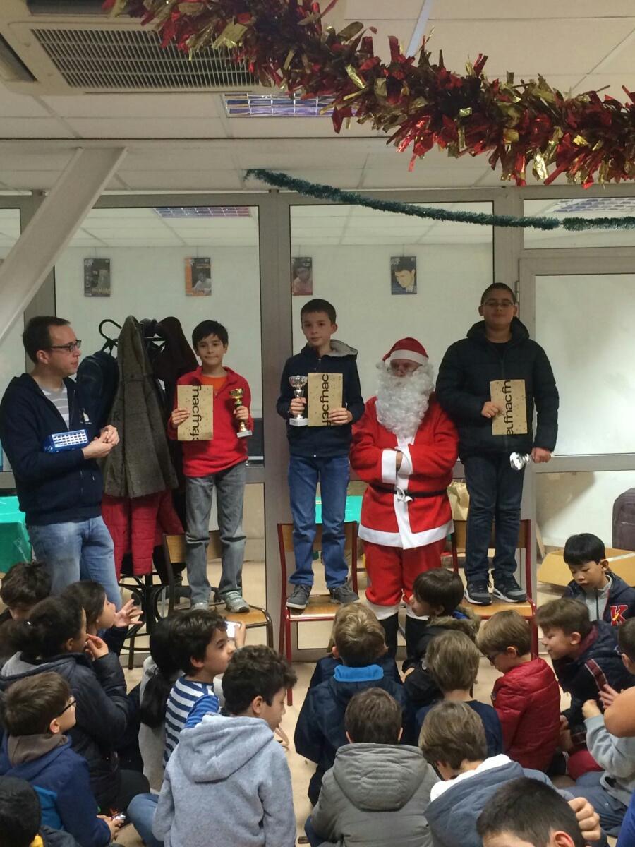 Le podium CM avec le Père Noël